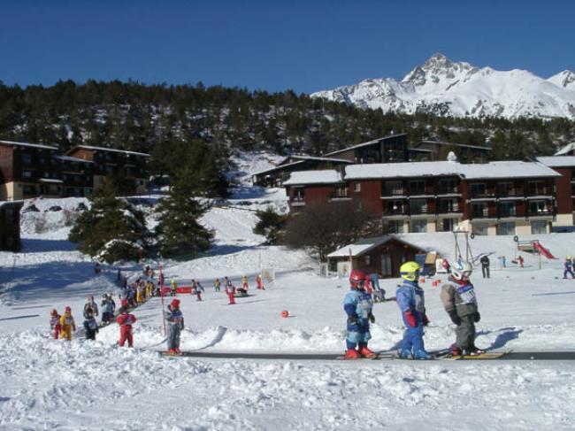 Natuurlijk ook een skischool in de buurt