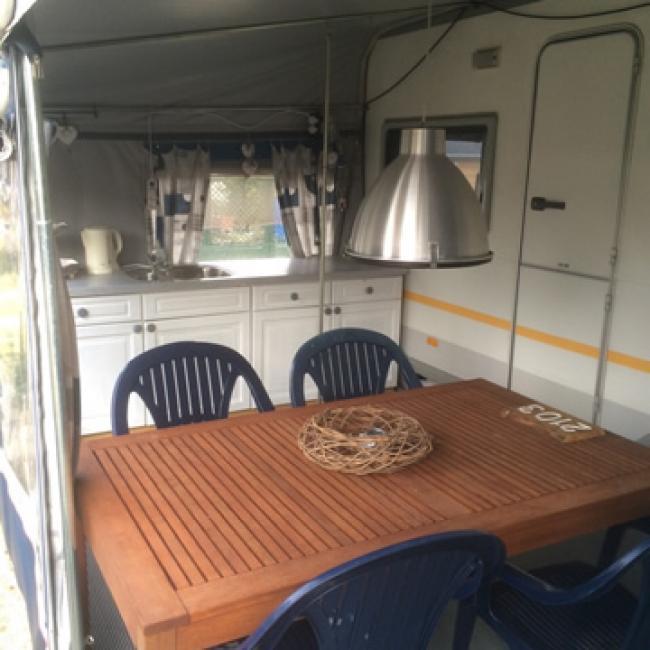 Caravan op plaatsnr. 2103 op Camping De Schatberg