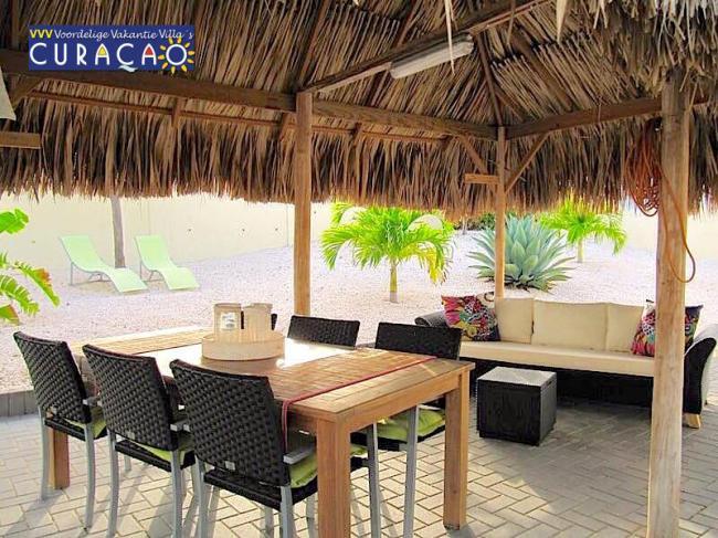 Voordelige vakantie villa 39 s in curacao vakantie - Tapijt onder de eettafel ...