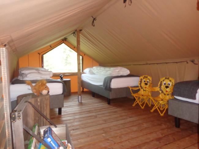 Slaapkamer kinderen op de verdieping.