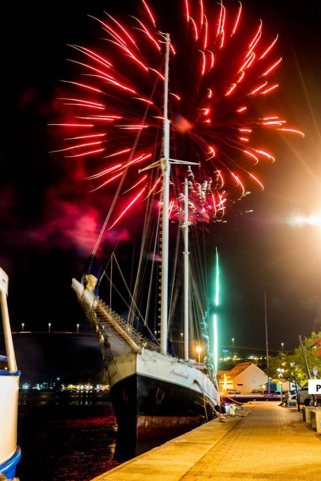 vuurwerk aan de haven