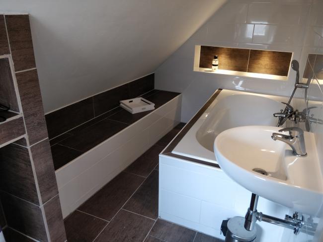badkamer ligbad app 4