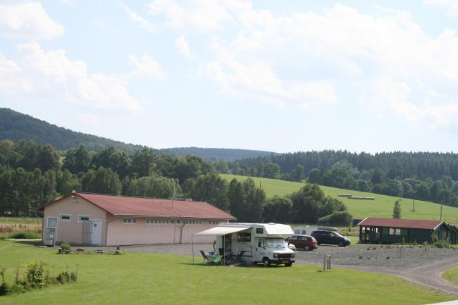 Camping de Regenboog - Kampeerplaatsen en Camperplaatsen