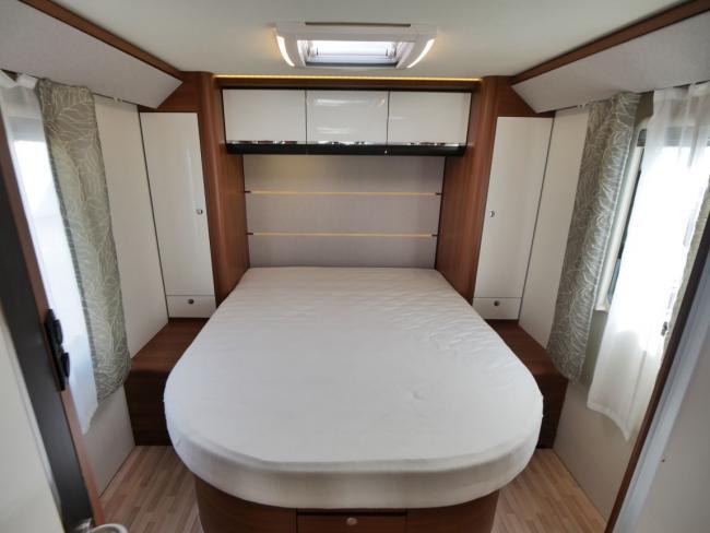 LMC I740 Bed
