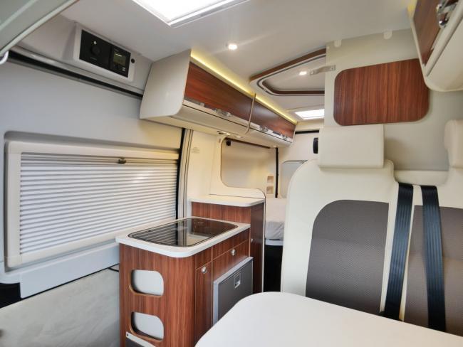 Camper Adria Twin 540 SPT keuken