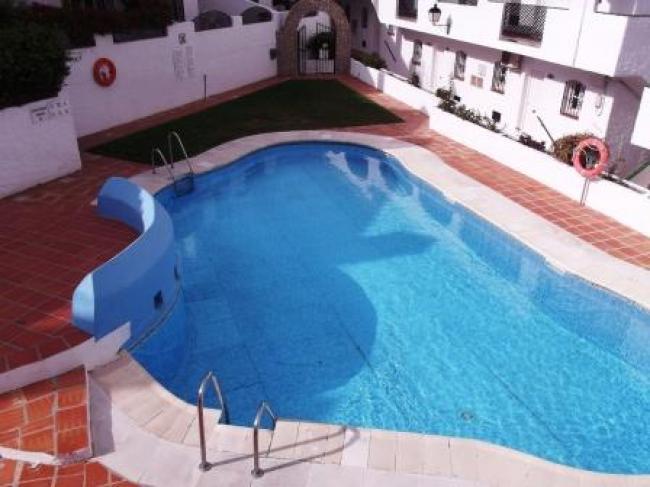 Mooi 1-slaapkamer appartement gelegen op Verano Azul complex in Nerja