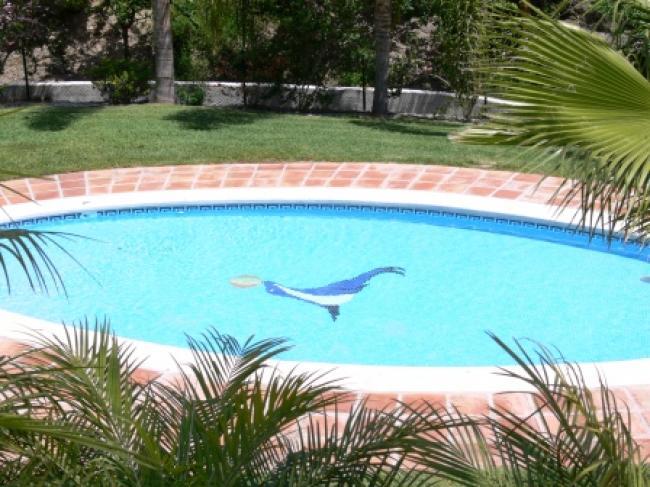 appartement in het prachtige Oasis Capistrano, Nerja Zuid Spanje met meerdere zwembaden