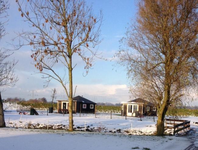 vakantie huisjes voor 2 tot 4 personen in het Land van Maas en Waal