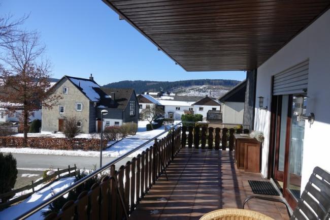 Ruim balkon op het zuiden