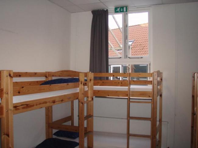 Zeil en Surfschool Neptunus Idskenhuizen Friesland