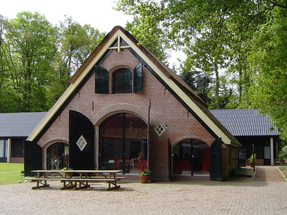 de-Schuur-Gelderland-Bennekom-16-personen-Aanzicht