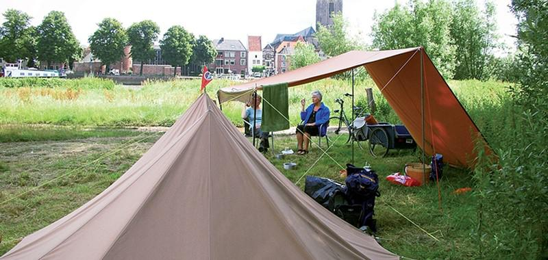 Grotere Tent