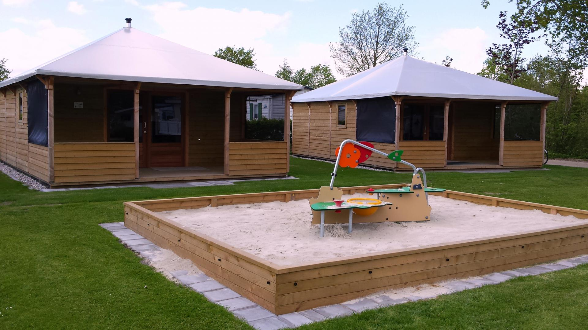 Camping Mounewetter Lodge 5/6 personen