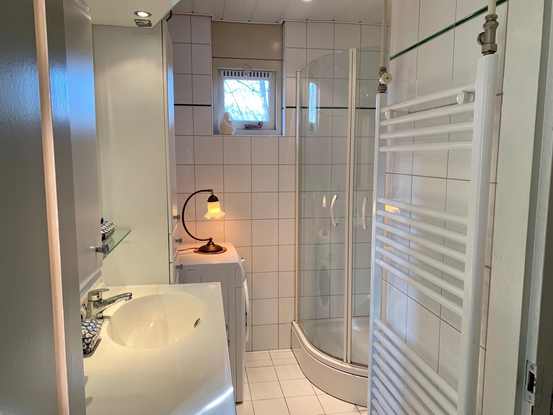 mooie badkamer 105