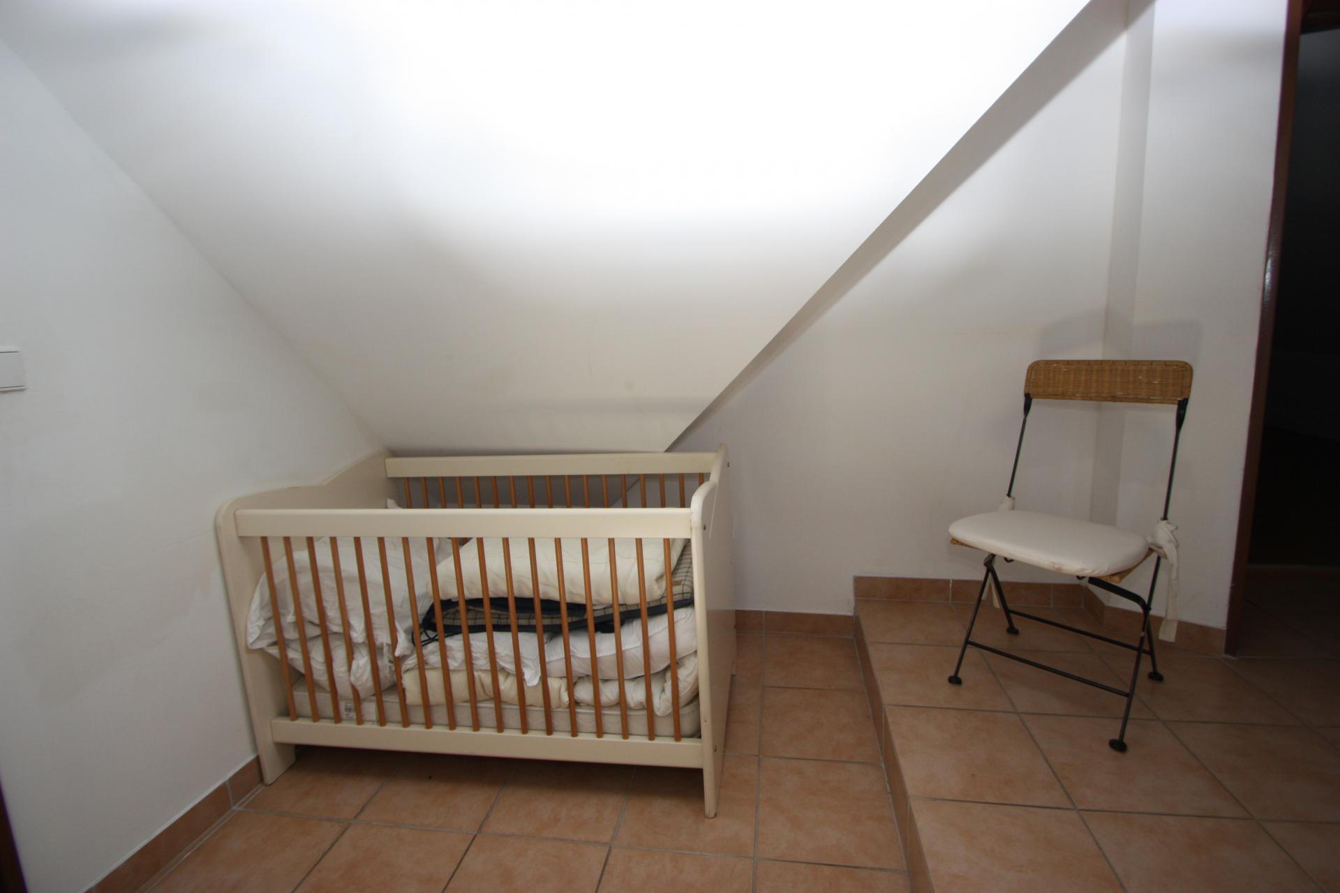 Overloop met babybed