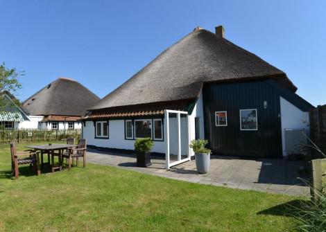 Texels Stroodak Appartement Hof 4 personen