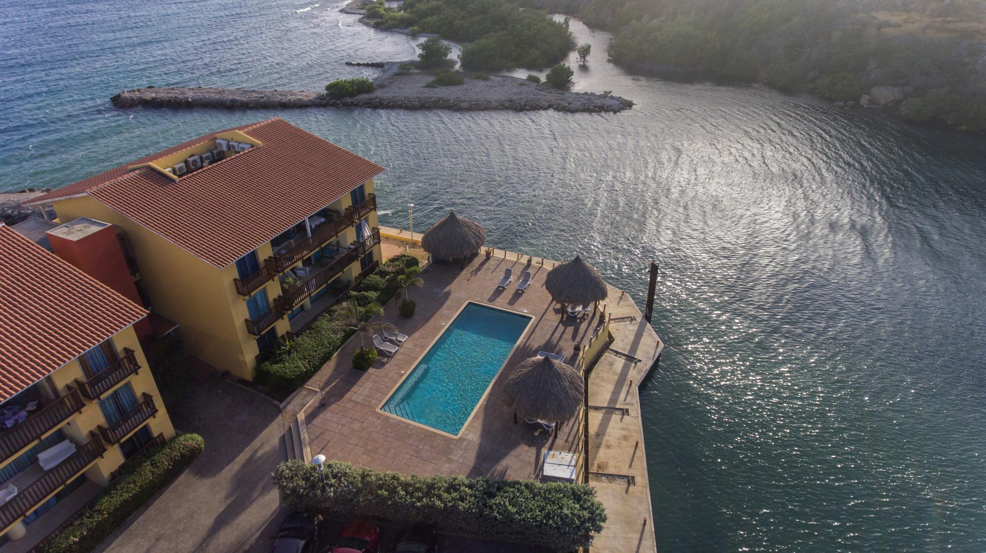 La Palapa Beach Resort