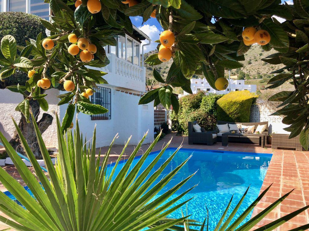 zwembad sinaasappel foto