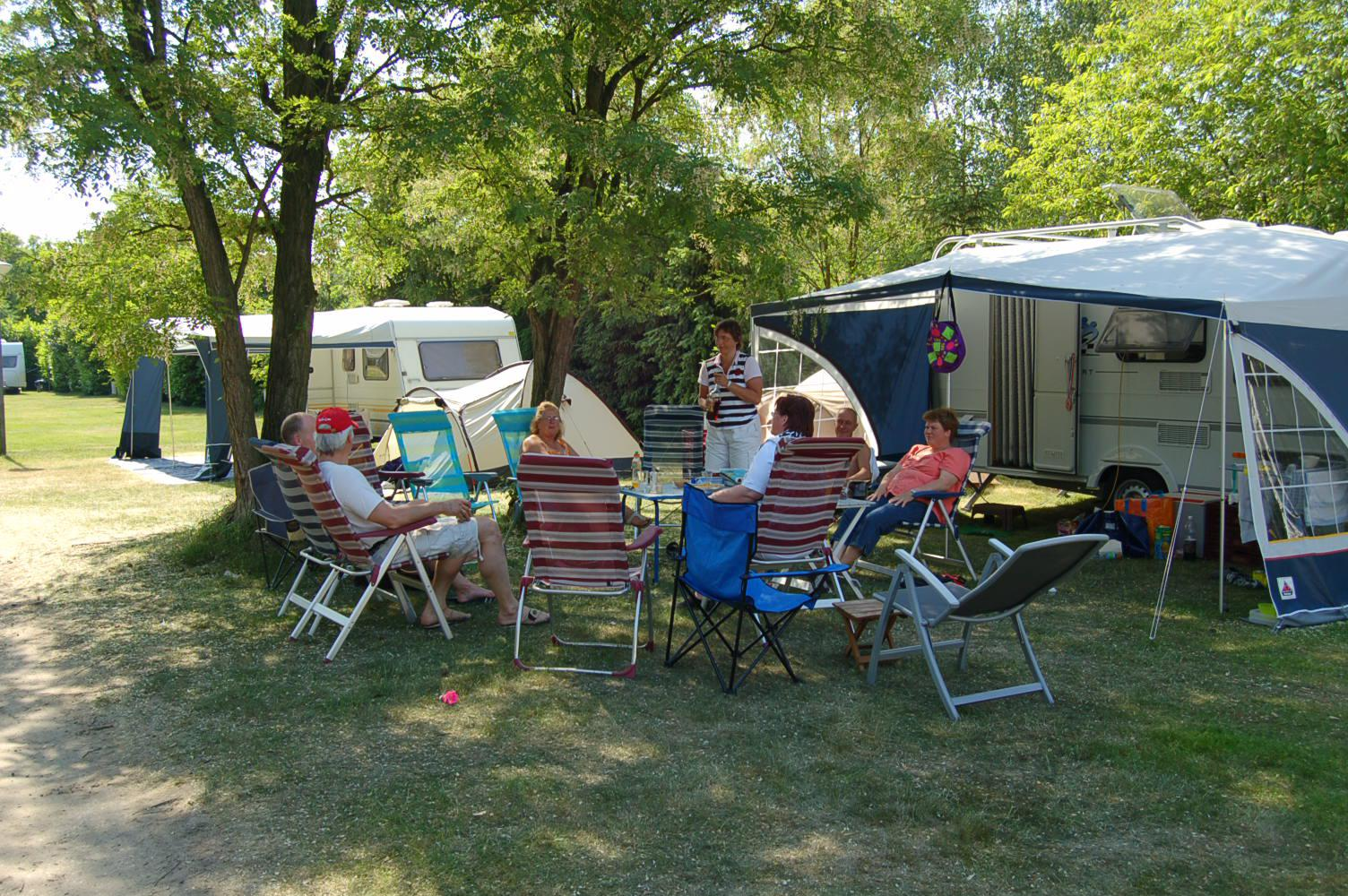 Glamping, Camping, De Oude Barrier, kamperen, safaritenten, kindvriendelijk, zwembad, Venray, Limburg, huren, natuur, Oorlogsmuseum, Toverland