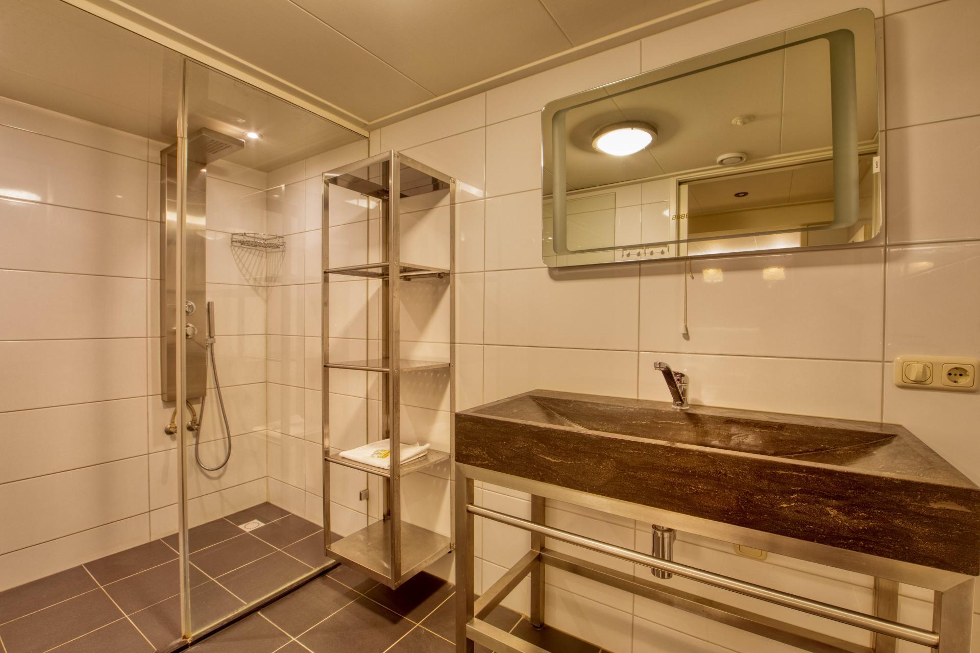 Strand Resort Schier Appartement 3 badkamer 2