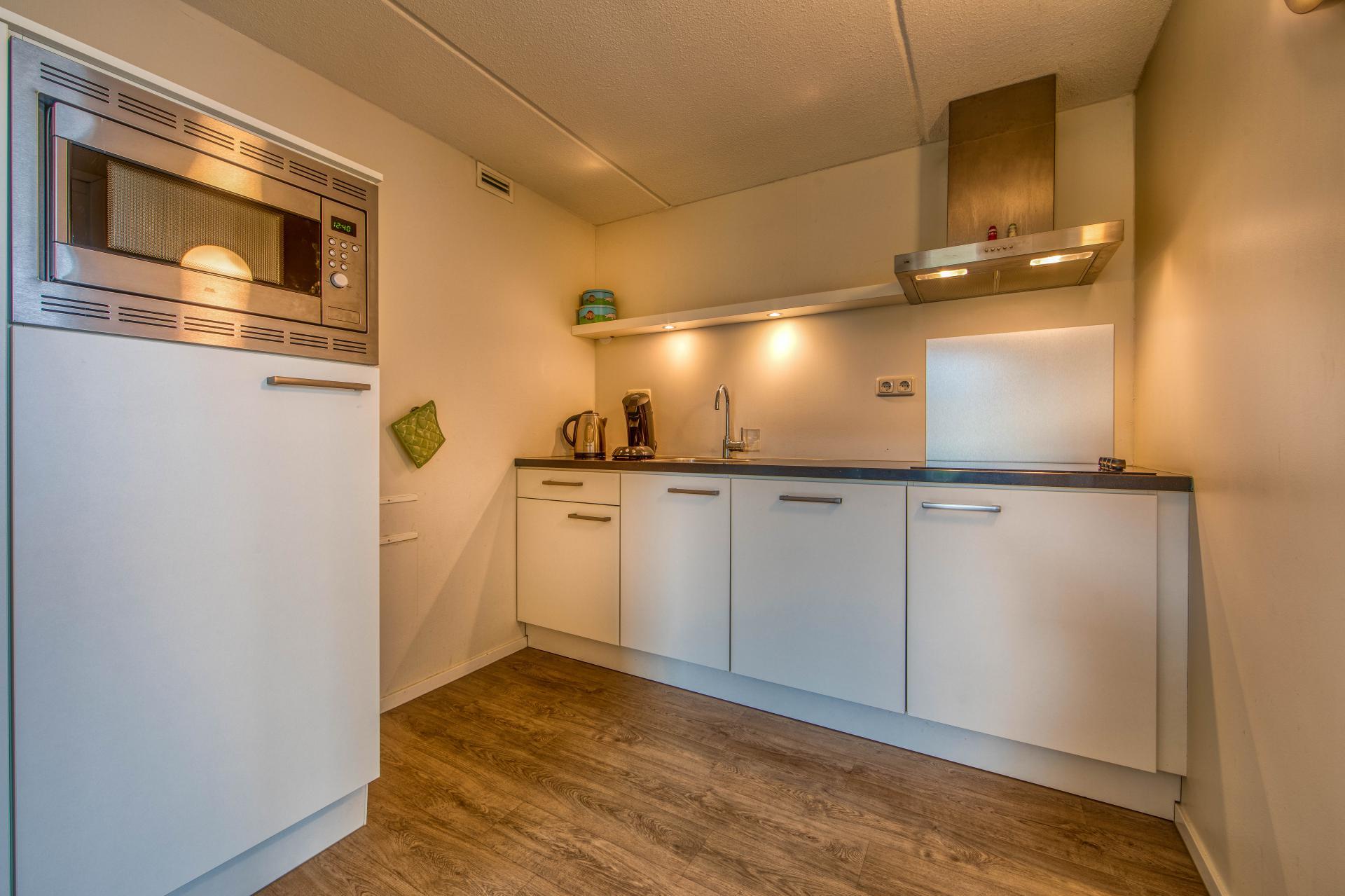 Strand Resort Schier Appartement 8 keuken
