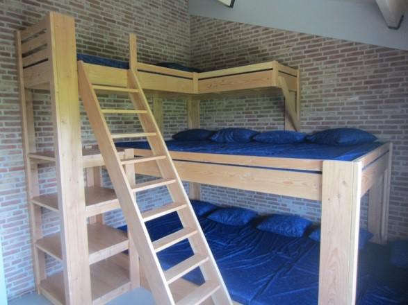 Groepsaccommodatie De Boerenzwaluw - slaapkamer