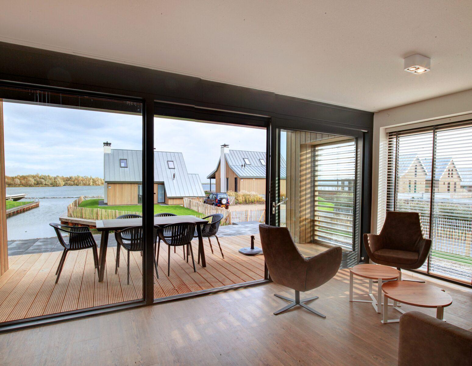 Waterrijk Oesterdam Villa Deluxe 6 personen Tholen Zeeland