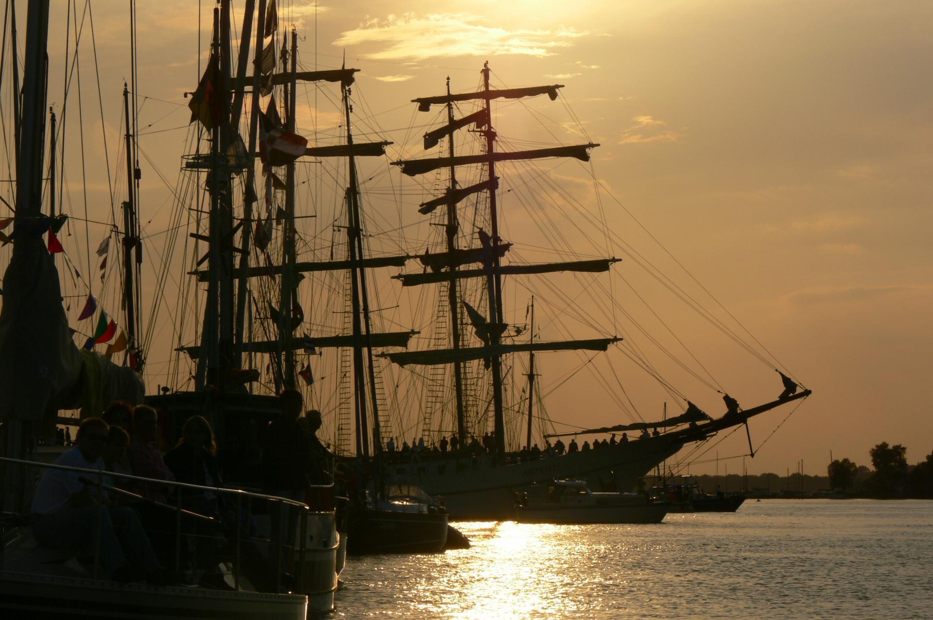 Abend on Bord der Artemis