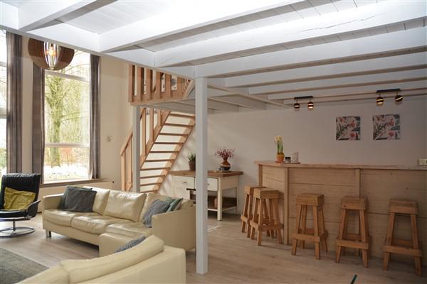 woonkamer - luxe groepsaccommodatie