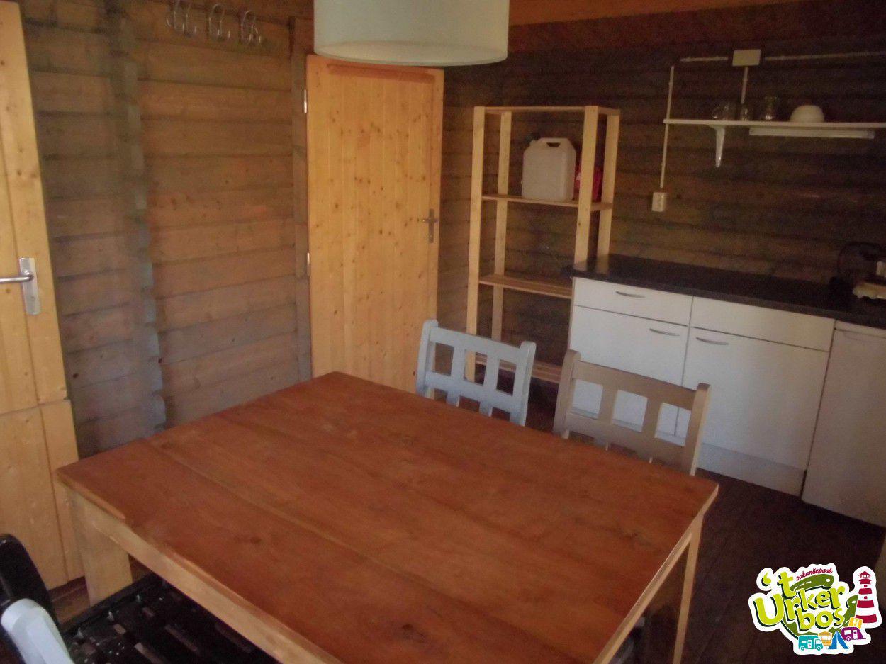 Vakantiepark t Urkerbos Kamperen kampeerplaats vakantiepark vakantiehuisje bungalow chalet stacaravan trekkershut