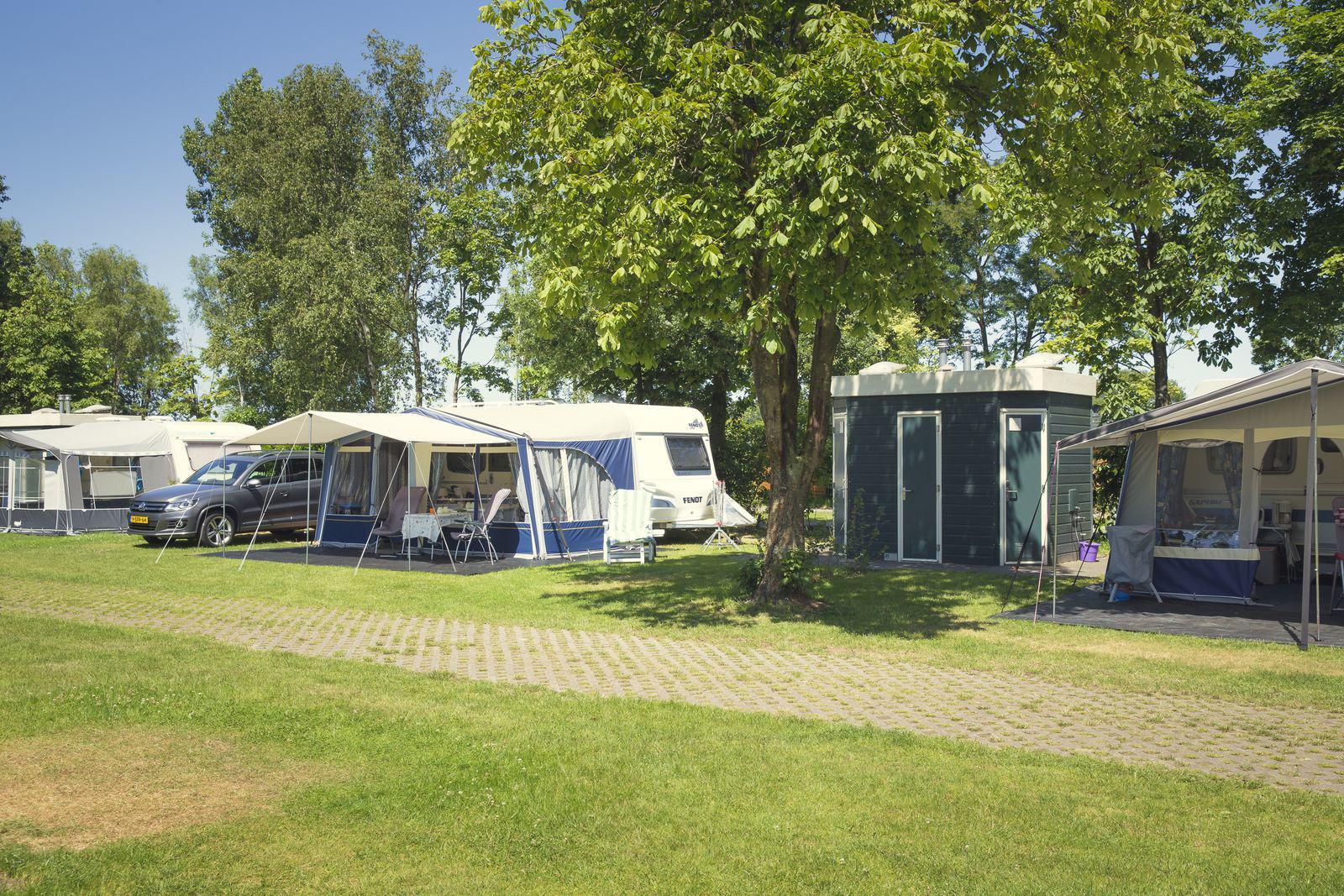 Vakantiepark Mölke kampeerplaats met privé sanitair Zuna Overijssel