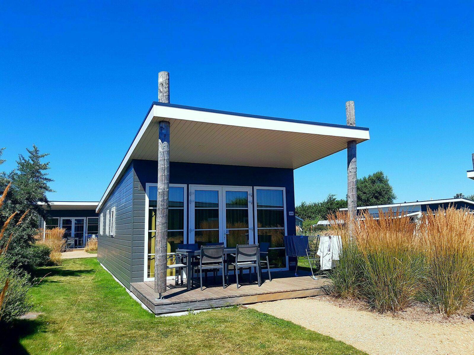 Comfort Lodge voor 6-personen in West-Vlaanderen | Kompas Camping Westende