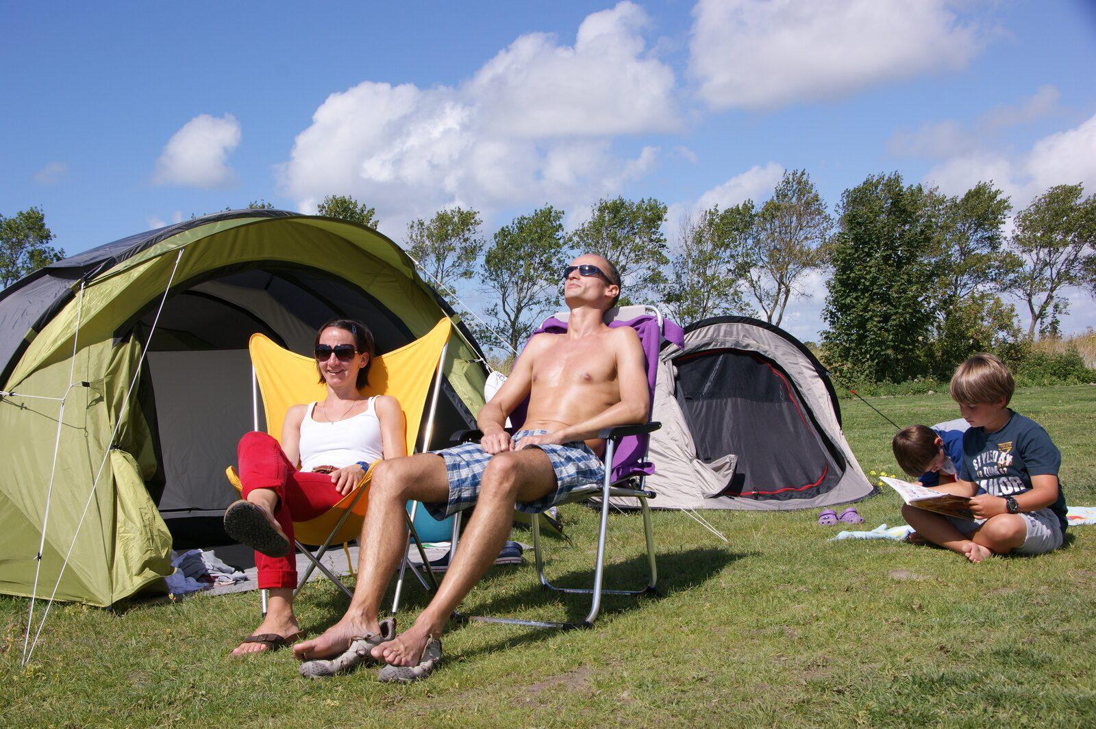 Kampeerplaats voor 6-personen in West-Vlaanderen   Kompas Camping Westende