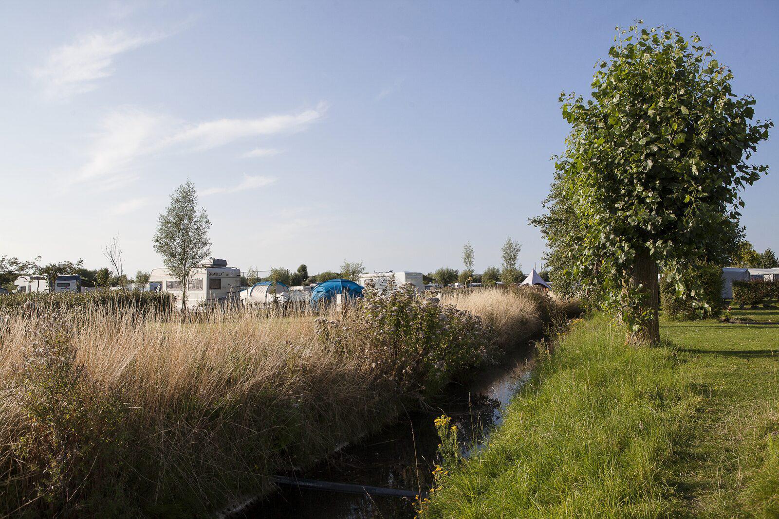 Luxe Tentenplaats voor 6-personen in West-Vlaanderen   Kompas Camping Westende