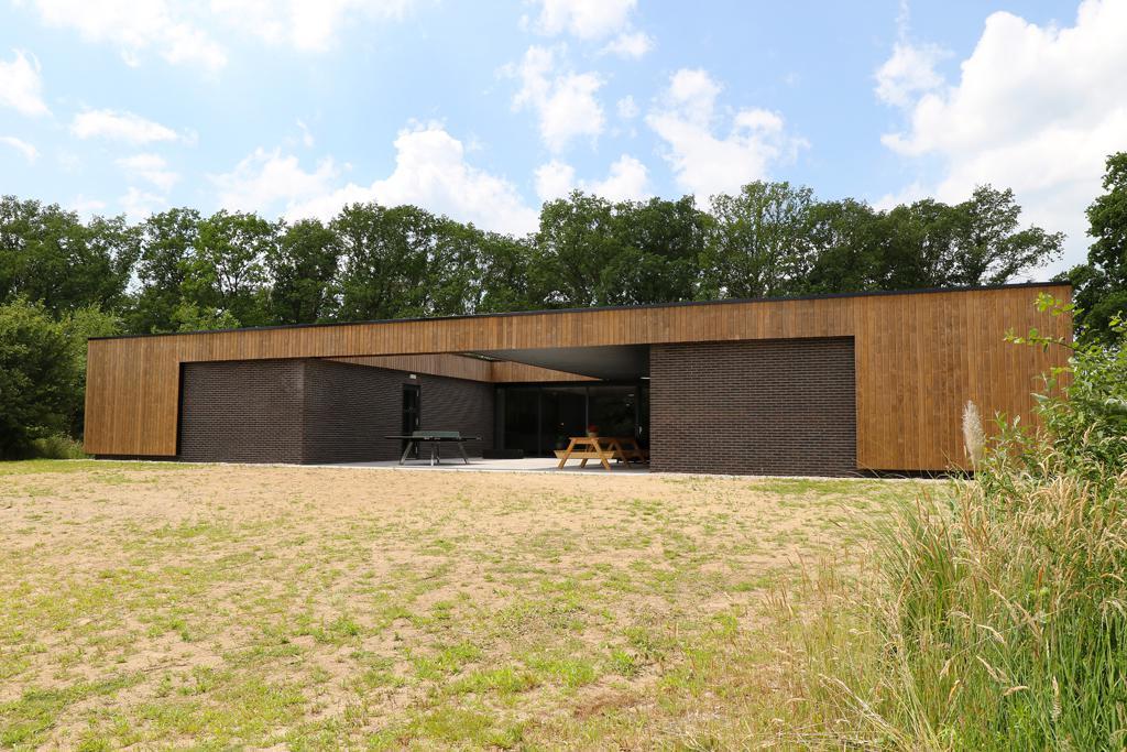 Buitenaanzicht - groepsaccommodatie Vliersche Veld in Neede (Achterhoek, Gelderland)