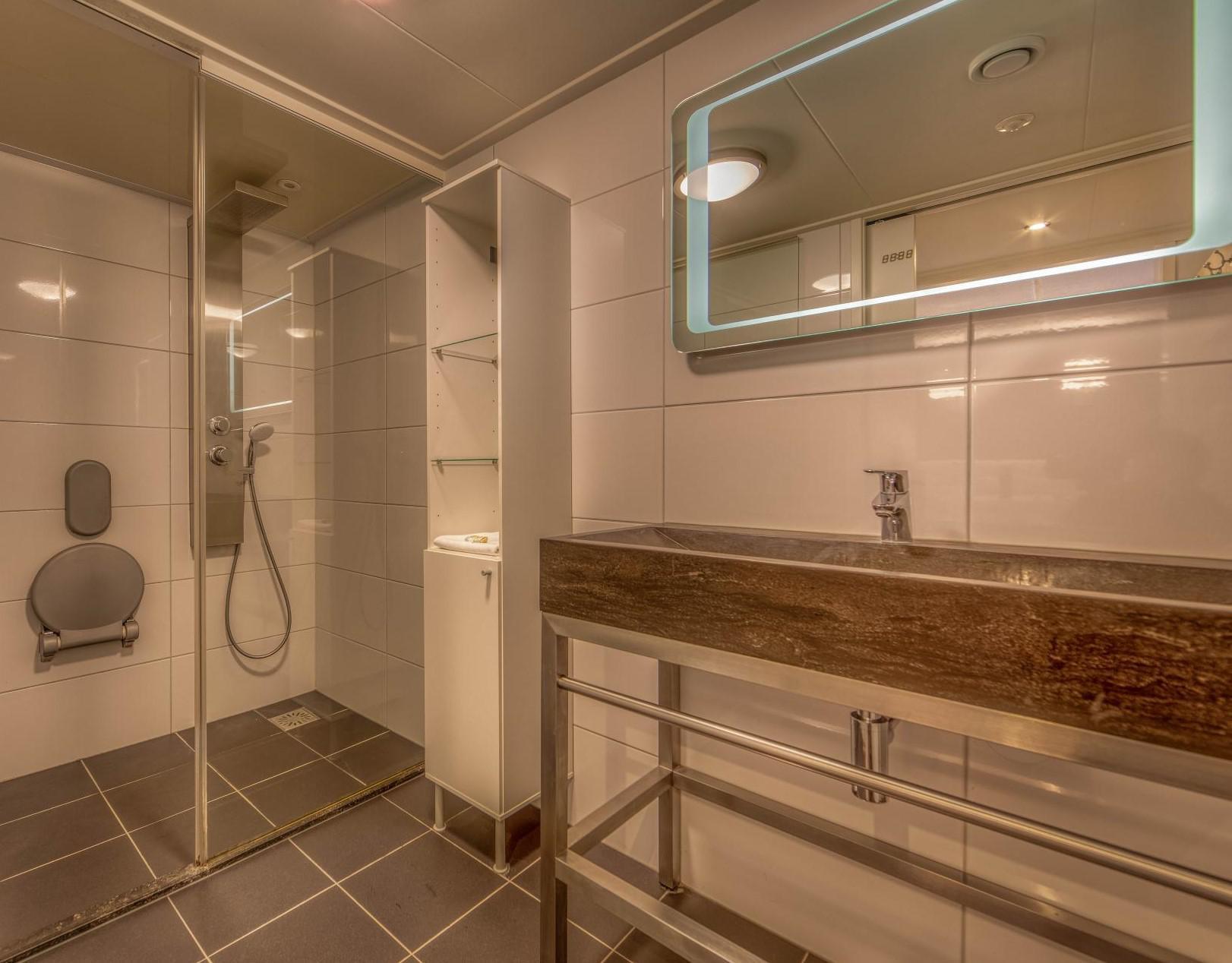 Strand Resort Schier Appartement 7 badkamer