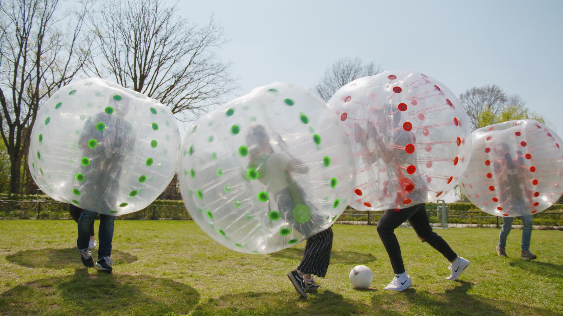 Bumpervoetbal bij Landgoed de Biestheuvel