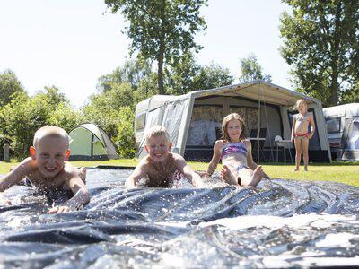 Comfort Kampeerplaats   Camping t Veld
