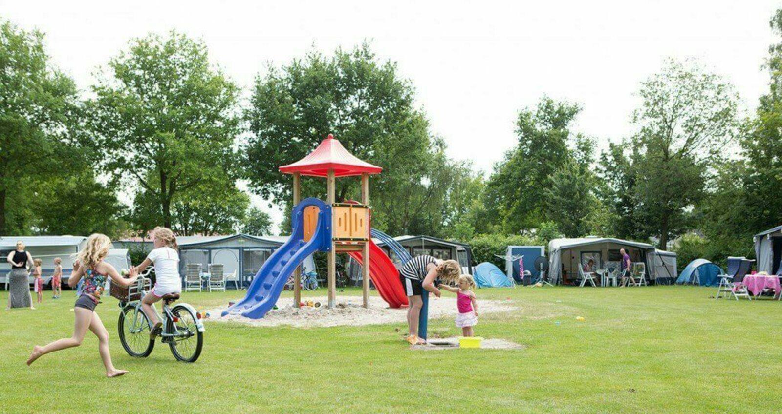 Comfort plus kampeerplaats | Camping t Veld